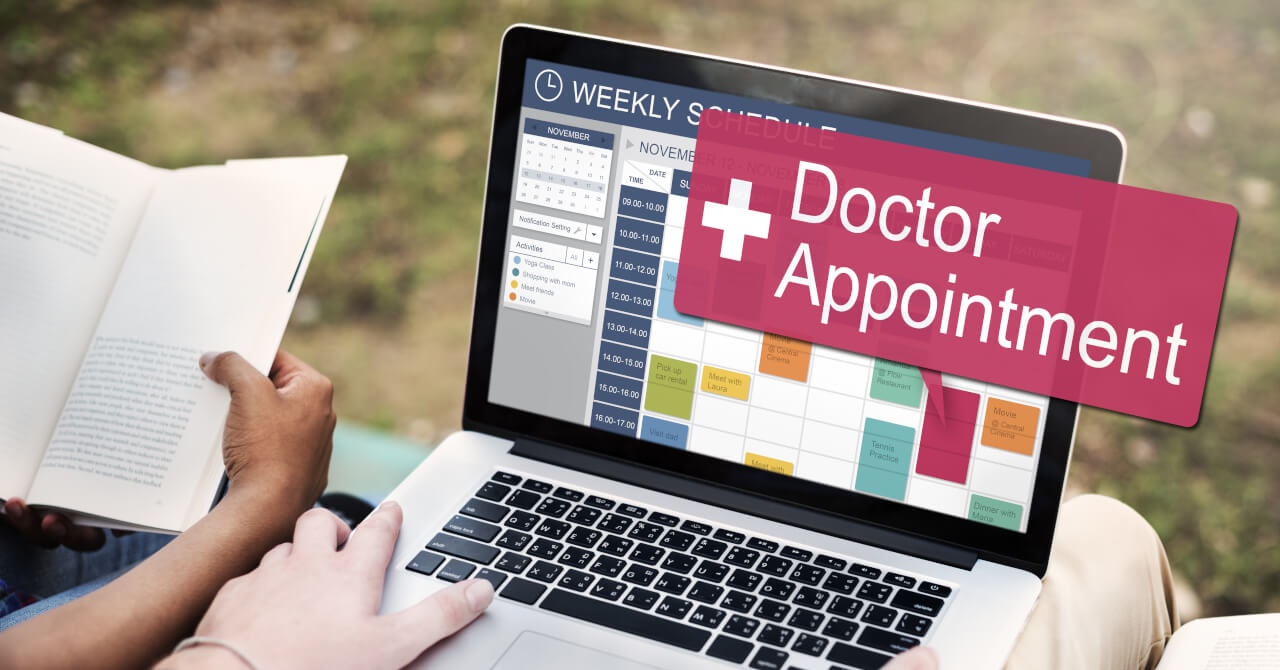 Is it possible to make an appointment online to visit a medical clinic?